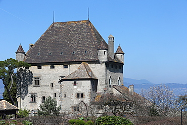 Yvoire, Lake Geneva, the Castle dating from the 14th century, Yvoire, Haute-Savoie, France, Europe