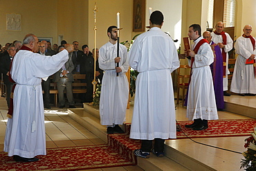 Mass in Saint Thomas's Chaldean Church, Sarcelles, Val d'Oise, France, Europe