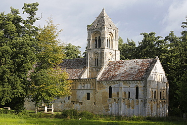 St. Peter's Romanesque church dating from the 11th century, Thaon, Calvados, Normandy, France, Europe