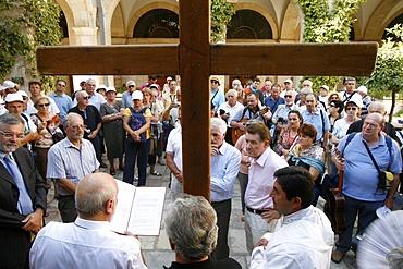 Pilgrims on the Via Dolorosa, Jerusalem, Israel, Middle East