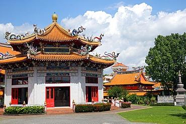 Hall of Amrita Precepts, Kong Meng San Phor Kark See Monastery, Singapore, Southeast Asia, Asia