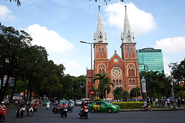 Notre Dame Cathedral, Dong Khoi district, Ho Chi Minh City, Vietnam, Indochina, Southeast Asia, Asia