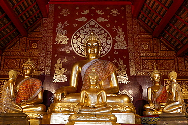 Buddha and disciple statues in Wat Pan Ping, Chiang Mai, Thailand, Southeast Asia, Asia