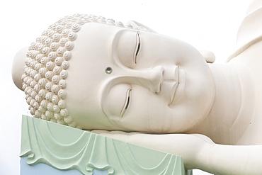 Reclining Buddha statue, Vinh Trang Buddhist Temple, My Tho, Vietnam, Indochina, Southeast Asia, Asia