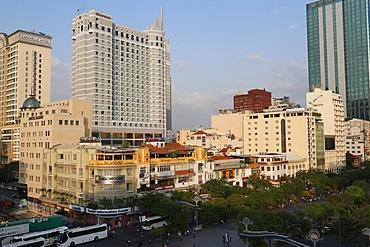Nguyen Hue Street, District 1, Caravelle and Sheraton hotels, Ho Chi Minh City (Saigon), Vietnam, Indochina, Southeast Asia, Asia