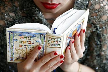 Jewish woman reading the Torah, Vietnam, Indochina, Southeast Asia, Asia