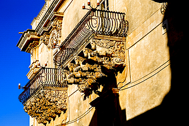 Palazzo Nicolaci di Villadorata dating from the 18th century, Noto, Sicily, Italy, Mediterranean, Europe