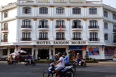 The Hotel Saigon Morin built in 1901, French colonial architecture, Hue, Vietnam, Indochina, Southeast Asia, Asia