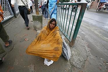 Beggars outside mosque, Kathmandu, Nepal, Asia