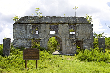 Ruins of the Henry Hawkins Armbrister's Great House, the greatest plantation of Cat island, Bahamas, West Indies, Caribbean, Central America