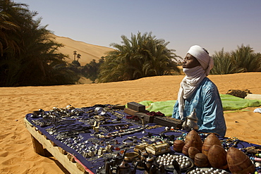 A small stall at the Umm el Ma oasis on the Ubari Erg in the Fezzan Desert, Libya, North Africa, Africa