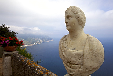 View from the Terrace of Infinity, in the gardens of the Villa Cimbrone, Ravello, Amalfi Coast, UNESCO World Heritage Site, Campania, Italy, Europe