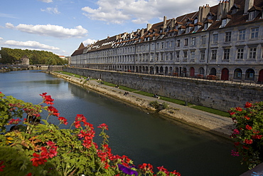 View of the town of Besancon, Doubs, Franche-Comte, France, Europe