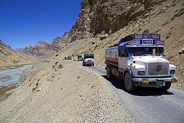 Climbing to Pang, the big loops of Himalaya highway, along Tsarab river reaching Zanskar, road from Manali to Leh, India, Asia