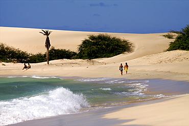 The beach of Praia de Chavez, west coast of Boa Vista island, Cape Verde Islands, Atlantic, Africa