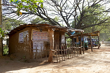Adobe hut, Sri Lanka, Asia