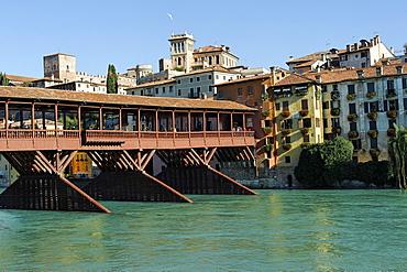 The old wooden covered bridge, Ponte degli Alpini, built in 1569, Bassano del Grappa, Veneto, Italy, Europe