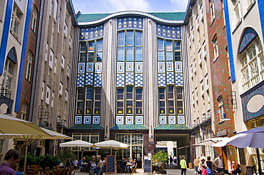 The Hackescher Markt (Hacke's Market) and the famous Hackesche Hofe courtyard, Berlin, Germany, Europe