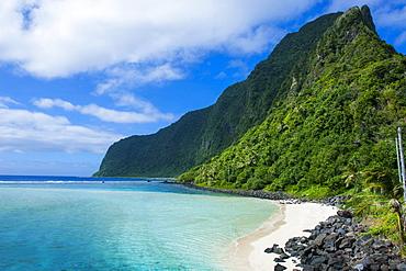 Turquoise water and white sand beach on Ofu Island, Manua Island group, American Samoa, South Pacific, Pacific