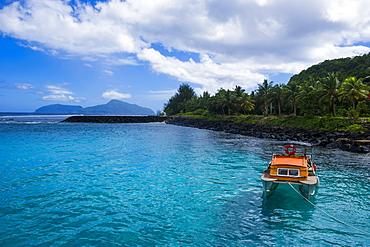 The little harbour of Tau Island, Manua Island group, American Samoa, South Pacific, Pacific
