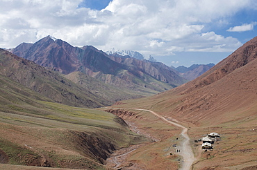 Pamir Highway leading into wilderness, Kyrgyzstan, Central Asia