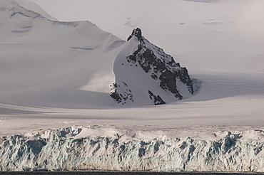 Huge snow field in the Half Moon Bay, South Shetland Islands, Antarctica, Polar Regions