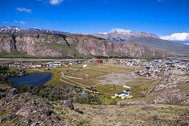 Panorama of El Chalten, Los Glaciares National Park, UNESCO World Heritage Site, Santa Cruz Province, Patagonia, Argentina, South America