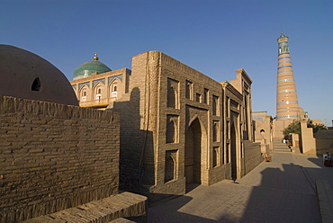 Mosques at Ichon Qala (Itchan Kala) Fortress, UNESCO World Heritage Site, Khiva, Uzbekistan, Central Asia