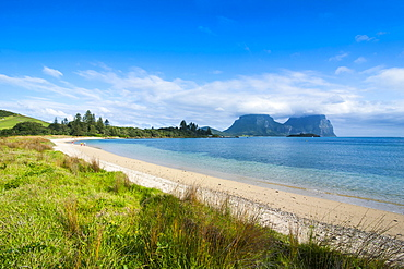 Deserted beach with Mount Lidgbird and Mount Gower in the background, Lord Howe Island, UNESCO World Heritage Site, Australia, Tasman Sea, Pacific