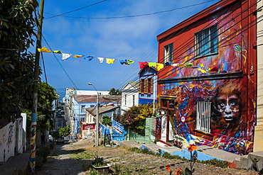 Colourful old houses in the Historic Quarter, UNESCO World Heritage Site, Valparaiso, Chile, South America