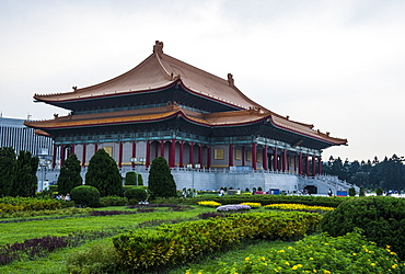 National theatre on the grounds of the Chiang Kai-Shek memorial hall, Taipeh, Taiwan