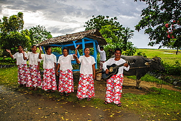 Local Philippino women greeting tourists in El Nido, Bacuit Archipelago, Palawan, Philippines, Southeast Asia, Asia