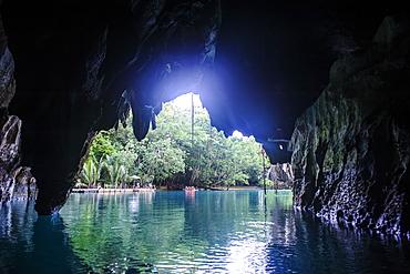 Puerto Princesa underground river, the New Wonder of the World, Puerto-Princesa Subterranean River National Park, UNESCO World Heritage Site, Palawan, Philippines, Southeast Asia, Asia