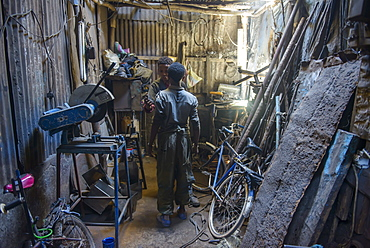 Metal smith, Medebar market, Asmara, capital of Eritrea, Africa