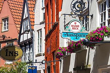 Little alleys in the old Schnoor quarter, Bremen, Germany, Europe