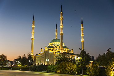 Akhmad Kadyrov Mosque after sunset, Grozny, Chechnya, Caucasus, Russia, Europe