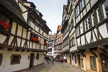 Timbered houses in the quarter of La Petite France, UNESCO World Heritage Site, Strasbourg, Alsace, France, Europe