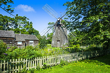 Windmill and the Home Sweet Home house in East Hampton, The Hamptons, Long Island, New York State, United States of America, North America