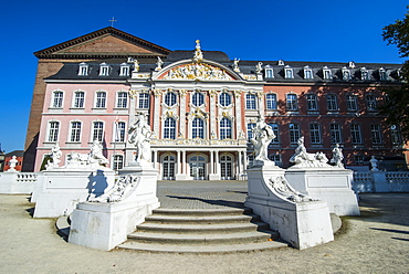 Palace of Trier, Trier, Moselle Valley, Rhineland-Palatinate, Germany, Europe