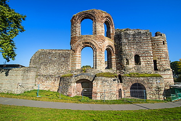 Roman Imperial bath ruins in Trier, UNESCO World Heritage Site, Trier, Moselle Valley, Rhineland-Palatinate, Germany, Europe