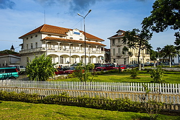 Colonial buildings on independence square in the city of Sao Tome, Sao Tome and Principe, Atlantic Ocean, Africa