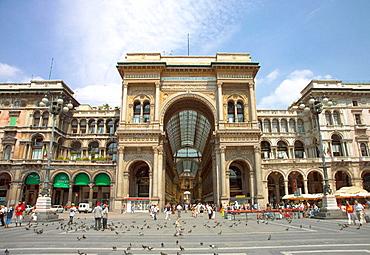 Italy, Lombardy, Milan, Piazza del Duomo, Galleria Vittorio Emanuele II