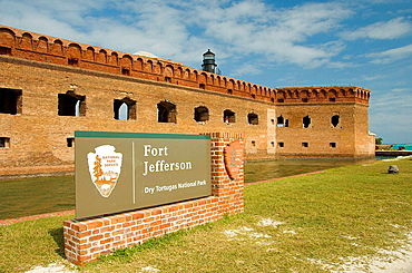 Fort Jeffereson and the sign for the Dry Tortugas National Park, Florida, USA, 2008