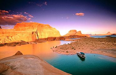 Gunsight Butte, Lake Powell, Utah, USA