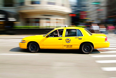 Taxi cabs provide transportation for travelers to Chicago, Illinois, USA