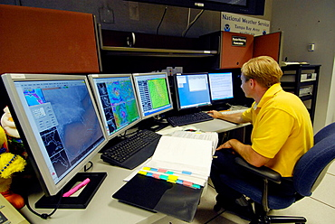 Meteorologist in Technology Work Area in National Oceanic and Atmospheric Administration (NOAA), National Weather Service Station, Ruskin, Florida, Tampa, Hillsborough County, Gulf West Central, USA