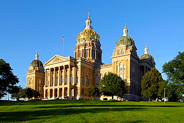 The State Capitol Building at Des Moines, Iowa, USA
