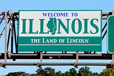 Welcome to Illinois sign on Interstate 80 freeway leaving Davenport, Iowa, USA