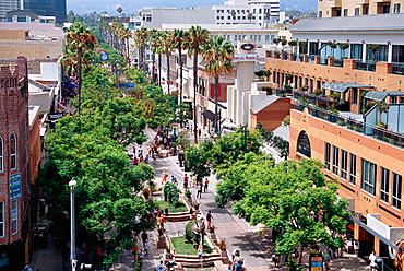 3rd Street Promenade, Santa Monica, Los Angeles, USA
