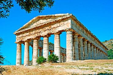 Doric temple, ruins of the ancient Greek city of Egesta (aka Segesta), Sicily, Italy